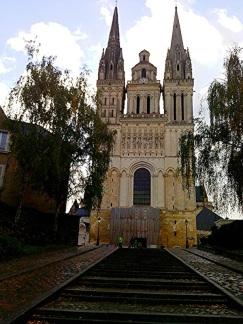 Angers IV